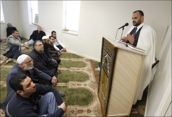 TOLEDO-MOSQUE-HIRES-IMAM-FROM-EGYPT