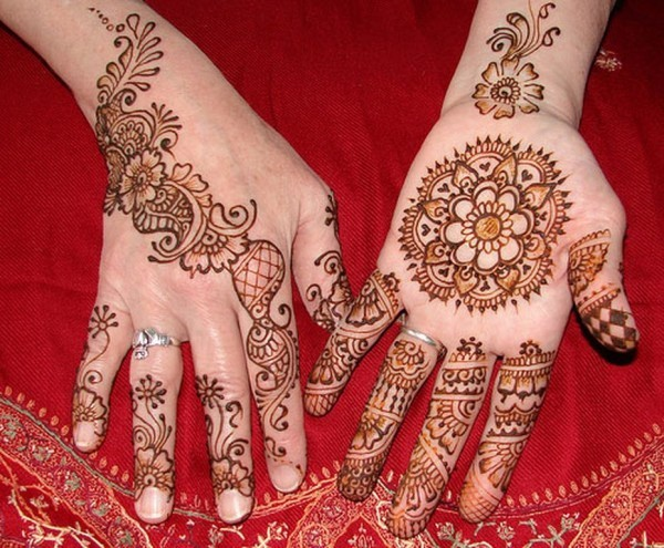 Beautiful-Henna-Mehndi-Designs-2013-for-Brides-5