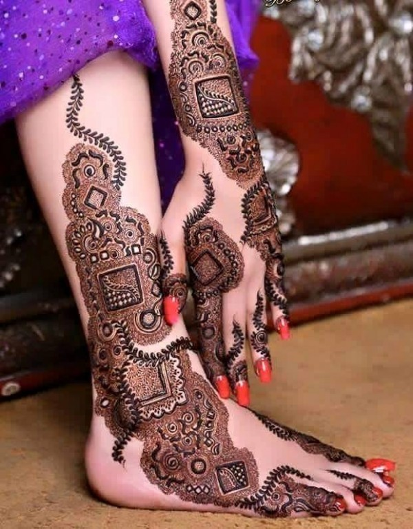 elegant-mehndi-henna-design-for-hand-and-feet