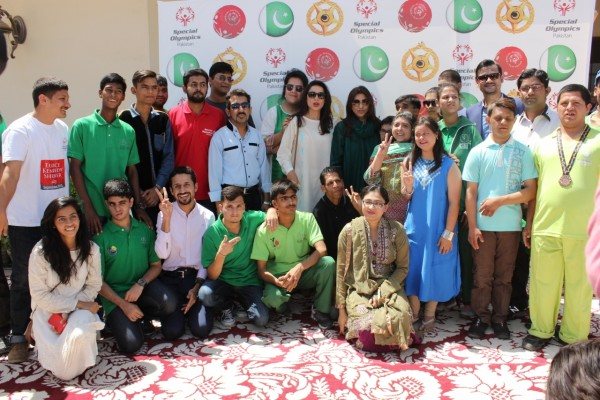 Ronak Lakhani & Sarwat Gillani with Special Olympics Pakistan Team