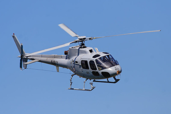 800px-RAN_squirrel_helicopter_at_melb_GP_08