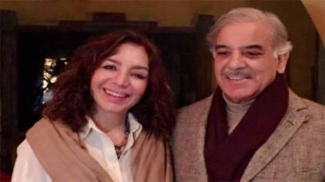 tehmina-durrani-moves-into-smaller-house-to-promote-simple-living-1421187348-9388