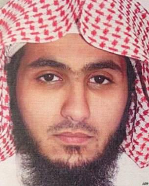 150628122908_kuwait_mosque_saudi_bomber__439x549_afp