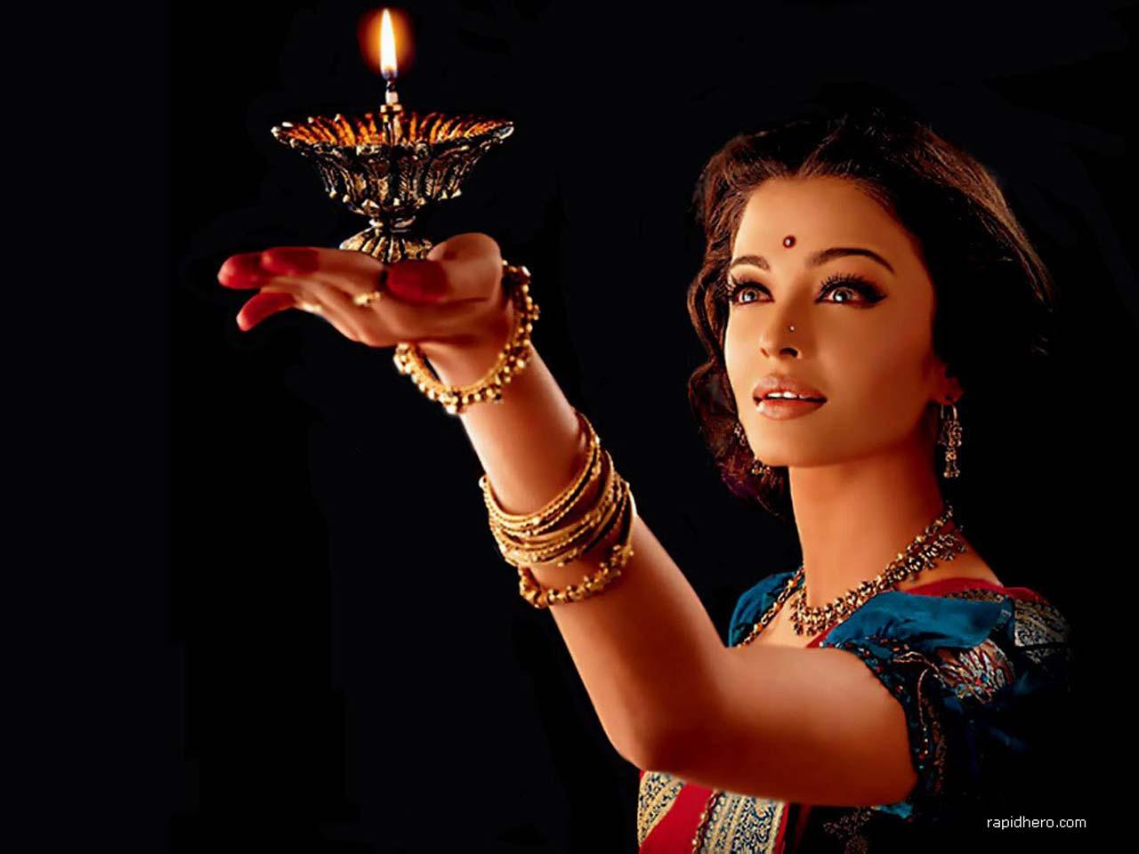 حکومت نے بھارتی فلموں کی درآمد کی اجازت دیدی