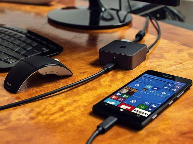 مائیکروسافٹ نے پرسنل کمپیوٹر کی جگہ استعمال ہونے والے اسمارٹ فون متعارف کرا دیے