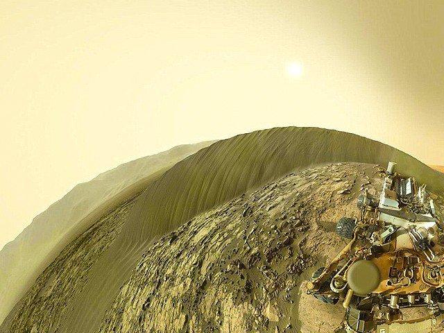 ناسا کے مریخی خلائی جہاز نے اپنی پہلی سیلفی زمین پر بھیج دی