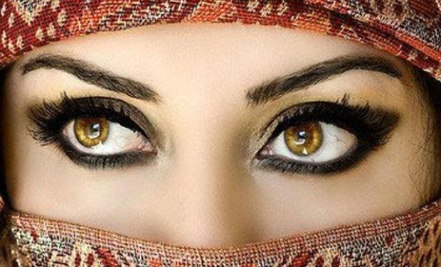 آنکھوں کی بناوٹ کھولے آپ کی شخصیت کے راز