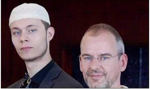 """اسلام مخالف فلم """"فتنہ"""" کےڈسٹری بیوٹرآرنو کا قبول اسلام"""