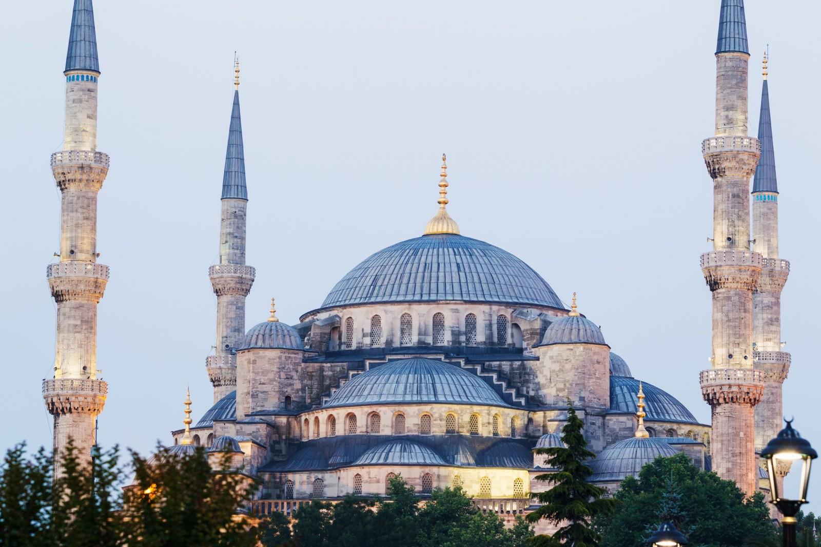 استنبول میں دھماکہ داعش کے خود کش حملہ آورنے کیا