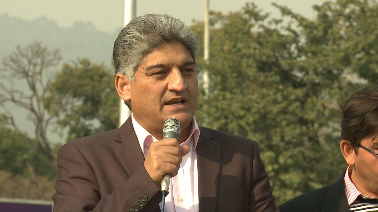 صحافی مطیع اللہ جان کو نامعلوم افراد نے اٹھا لیا –