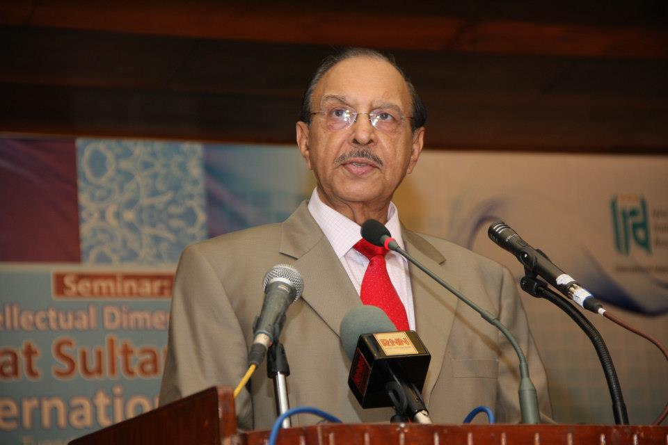 بین الاقوامی اسلامی یونی ورسٹی کے سابق صدر پروفیسر ڈاکٹر ممتاز احمد انتقال کر گئے ۔