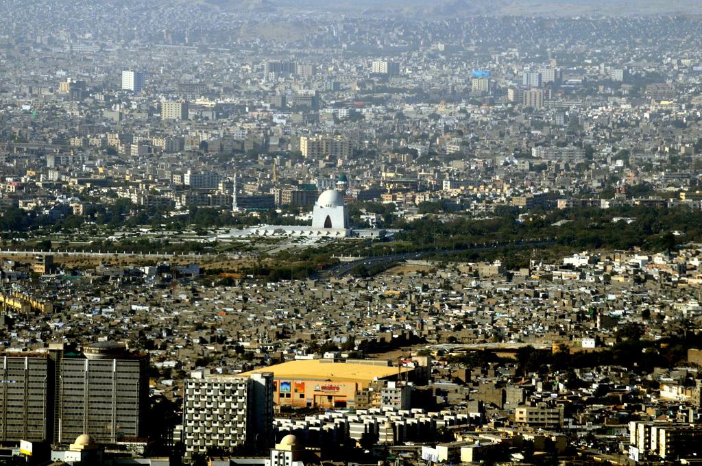 سندھ: غیر قانونی مہاجرین کے خلاف کریک ڈاؤن کا فیصلہ