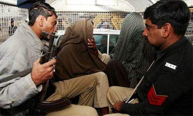 ٹھٹھہ:7 سال کی بچی سے زیادتی و قتل کے 2 ملزم گرفتار