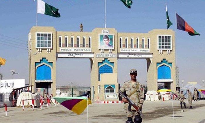 تورخم بارڈر پر غیر قانونی باشندوں کی پاکستان میں داخل ہونے کی کوشش