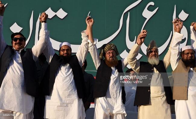 وزیر داخلہ سے دفاع پاکستان کونسل کی قیادت کی ملاقات، مطالبات مان لیے گئے