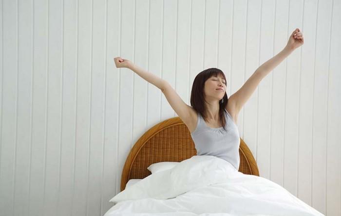 وہ 7 چیزیں جو صبح اٹھتے ہی کرنی چاہیں