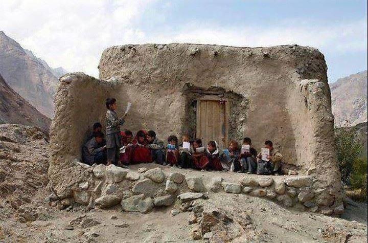 'یو این ایچ سی آر' کی مدد سے افغان طلبا کو پڑھانے کے معاہدے پر دستخط