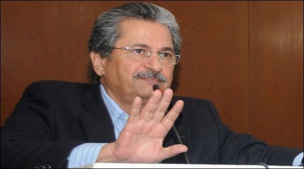 شفقت محمود کا اپوزیشن کے مطالبے پر امتحانات ملتوی کرنے سے انکار