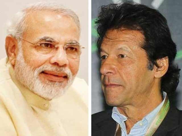 پاکستان کے ساتھ تعلقات کے نئے دور کے آغاز پر تیار ہیں، مودی کا عمران خان کو فون