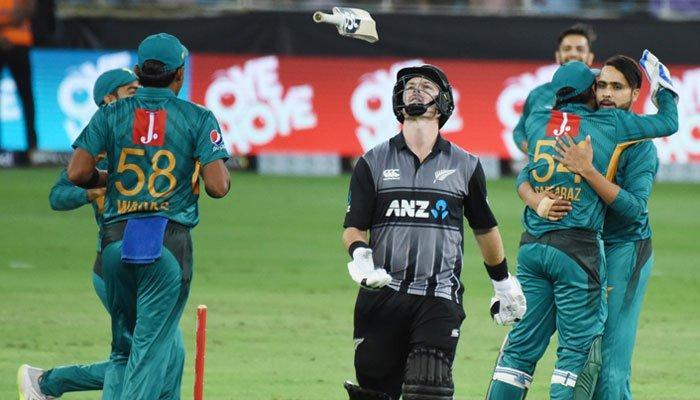 پاکستان نے آسٹریلیا کے بعد نیوزی لینڈ کو بھی وائٹ واش کردیا