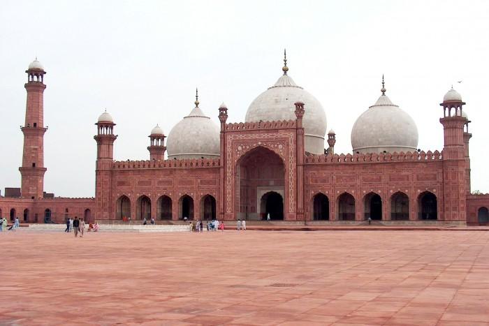 بادشاہی مسجد کے سرکاری بھکاری