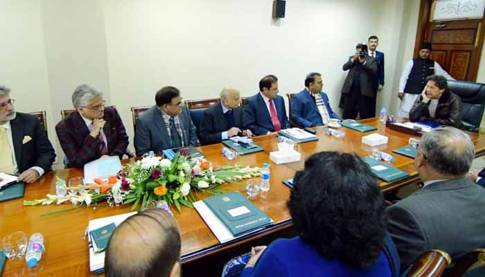 وفاقی کابینہ کے اجلاس میں بھارتی جارحیت کا مؤثر جواب دینے پر مسلح افوج کی تعریف