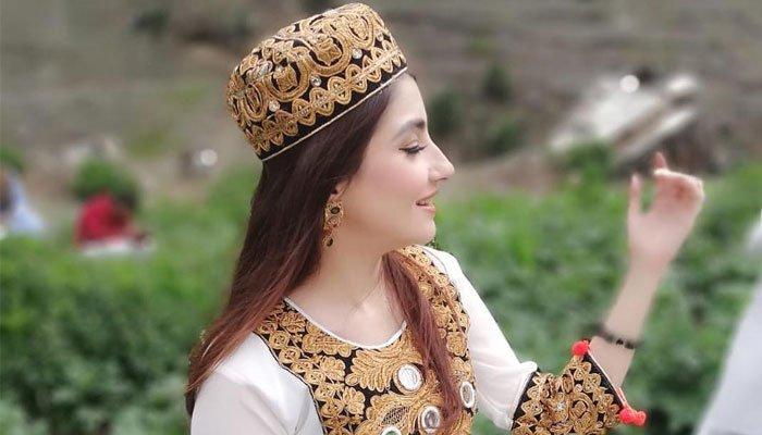 گل پانڑہ پشاور زلمی کی برانڈ ایمبیسڈر بن گئیں