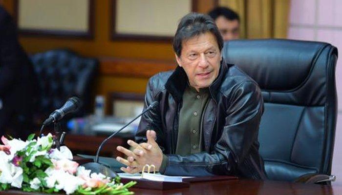 تین سال میں کوالٹی بہتر نہ کی تو آئل ریفائنریز بند کردیں گے: وزیراعظم عمران خان