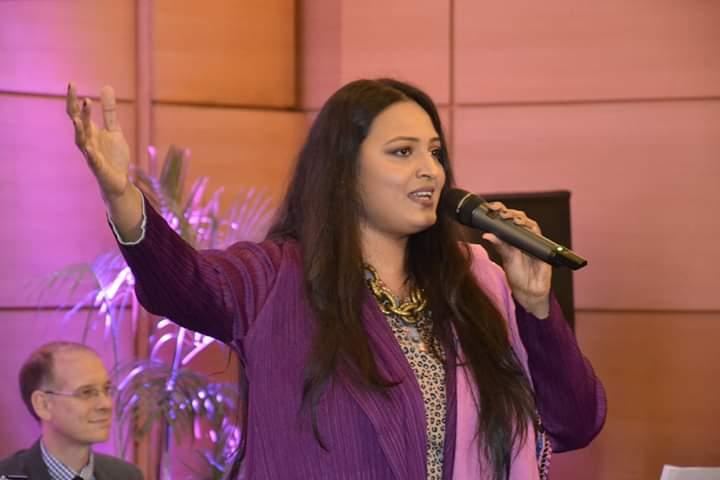 سائرہ پیٹر کا ونجلی والڑیا کا ری میک