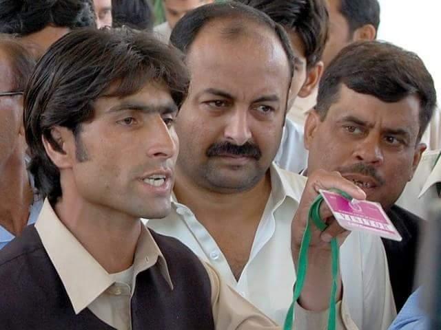 کوہستان ویڈیو کیس :افضل کوہستانی کے تین بھائی پہلے قتل ہوئے،پولیس نے تشدد کیا اور پھر ایک گھنٹے بعد قتل کر دیا گیا . کہانی ختم
