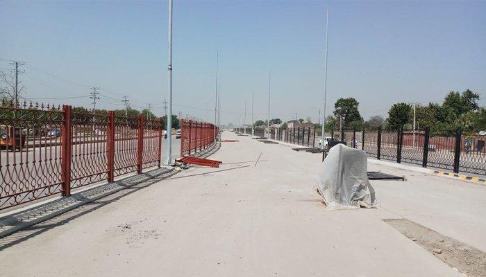 بی آر ٹی پشاور کھولنے کےلئےحکومت کو شدید مشکلات کا سامنا