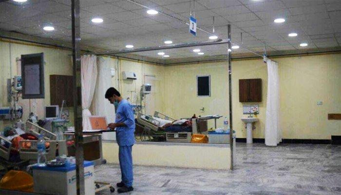 پشاور: لیڈی ریڈنگ اسپتال میں آلات نہ ہونے پر انتظامیہ نے دل کے آپریشن روک دیے