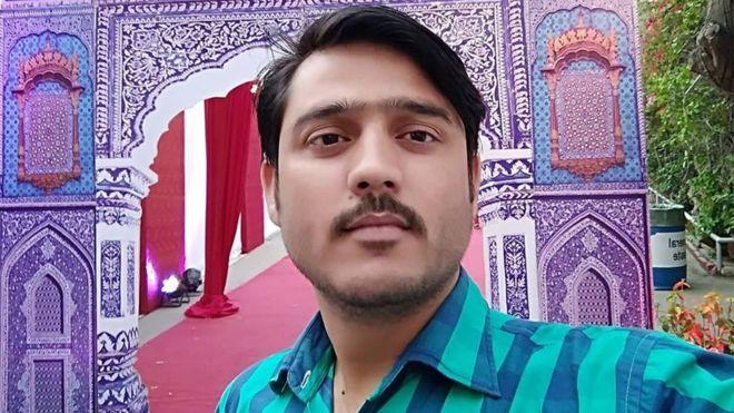کراچی : غیر مصدقہ اطلاعات کے مطابق لاپتا صحافی مطلوب کو مفتی تقی عثمانی پر حملے کے سلسلے میں اٹھایا گیا ہے. بھائی