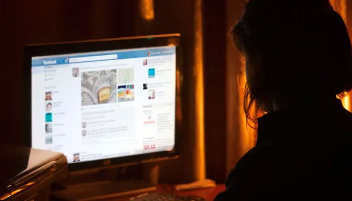 لاک ڈاؤن کے دوران آن لائن ہراسمنٹ   سوشل میڈیا خواتین کیلئے وبال جان