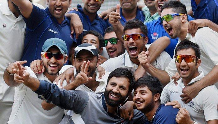 مقبوضہ کشمیر کی آدھی کرکٹ ٹیم کپتان پرویز رسول سمیت لاپتہ