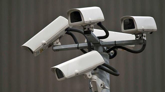 کیا دفتروں میں خفیہ کیمرے لگانا درست ہےِ؟