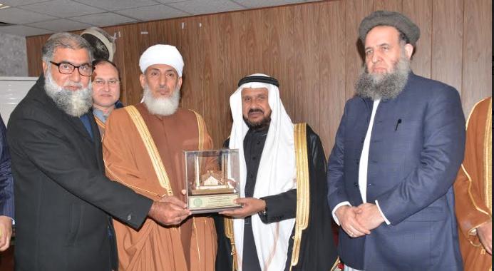 اسلامی یونیورسٹی مسلم معاشروں میں ہم آہنگی کے قیام کا بیس کیمپ ہے .عمانی وزیر مذہبی امور