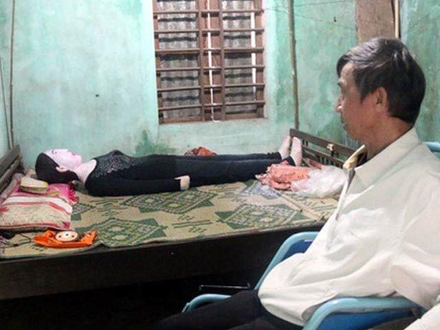 گزشتہ 16 برس سے اپنی بیوی کی باقیات کے ساتھ رہنے والا شخص