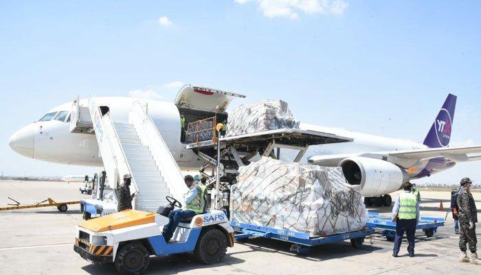 چین سےکورونا ویکسین کی مزید 5 لاکھ خوراکیں پاکستان پہنچ گئیں