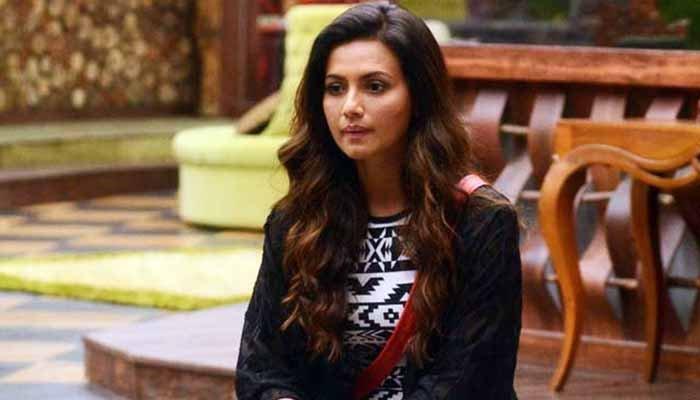 بگ باس اسٹار ثناء خان نے اسلام کی خاطر شوبز چھوڑ دیا