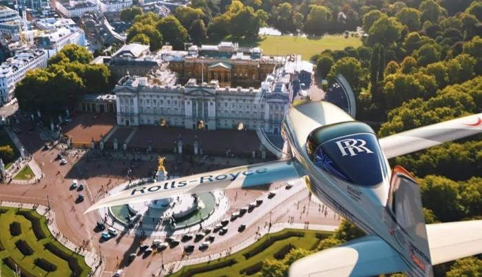 دنیا کے سب سے تیز ترین الیکٹرک جہاز کا کامیاب تجربہ