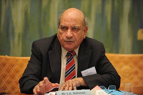 انسانی حقوق کے علمبردار اور معروف صحافی آئی اے رحمان انتقال کرگئے