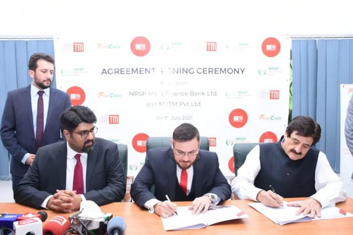 """وزیر اعظم کا وژن ڈیجیٹل پاکستان , ابھرتی ہوئی Fin-Tech کمپنی """"MYTM"""" کا بینکنگ سروسز کے لیے معروف مائیکرو فنانس بینک NRSP MFBL کے ساتھ اشتراک"""